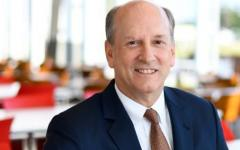 Prudential's general counsel to retire