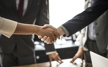 Tenneco finds successor to general counsel