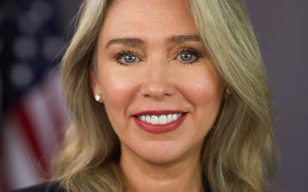SEC's Lee urges comment-period extensions amid Covid-19